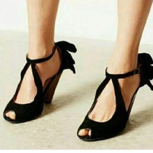 Women's Joyfolie Amelia Black Heels Sz 7